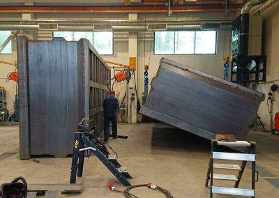 5-akselinen-malmilava-kokoonpanohitsaus-5-axle-ore-waggon-assembly-welding-bkweld